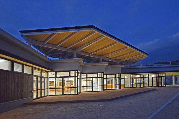 室積コミュニティセンター テラス・夜景