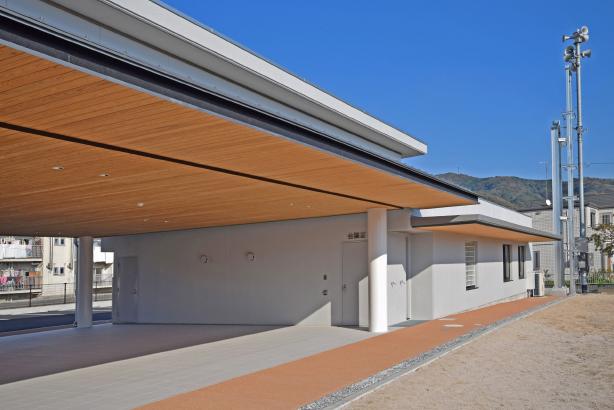室積コミュニティセンター 外部南西面